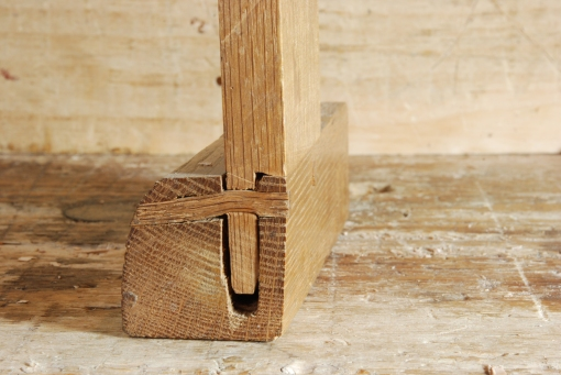 cross-section of drawbored mortise and tenon