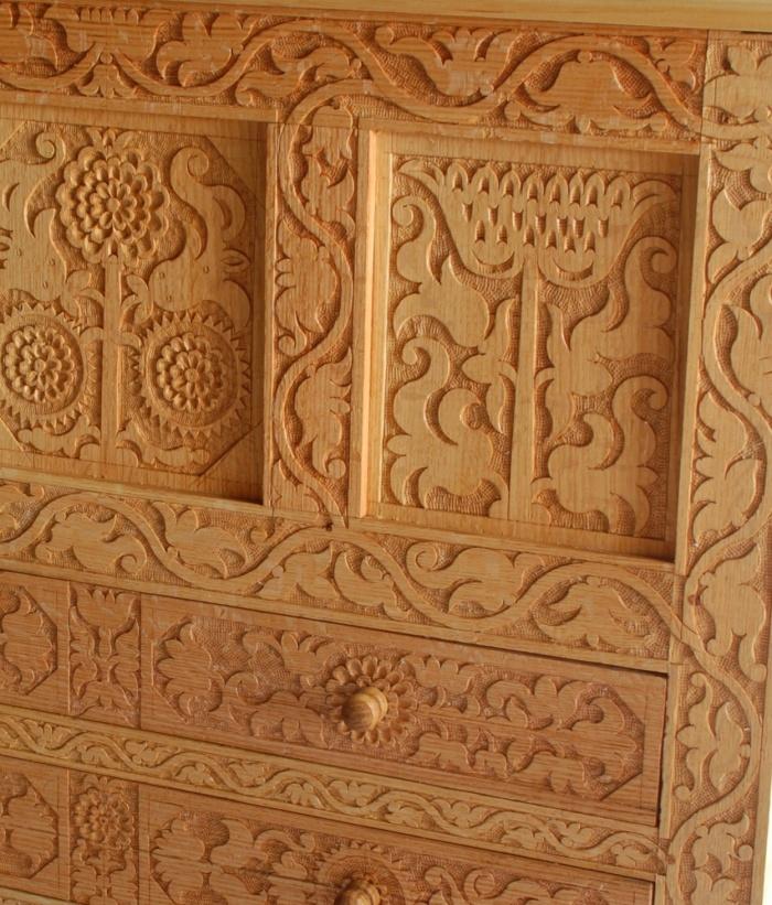 carving detail