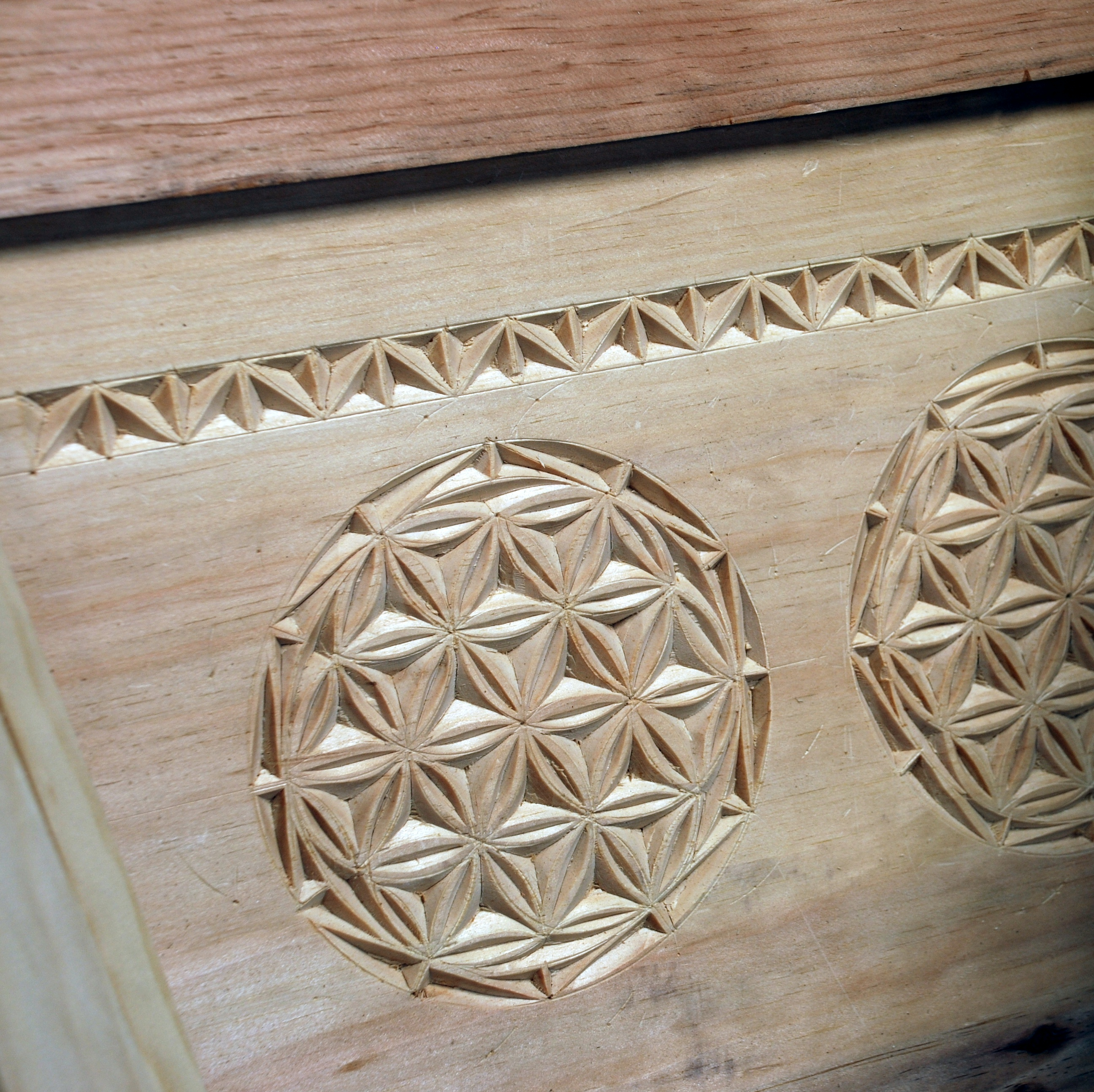 Bench patterns chip carving wood types planter
