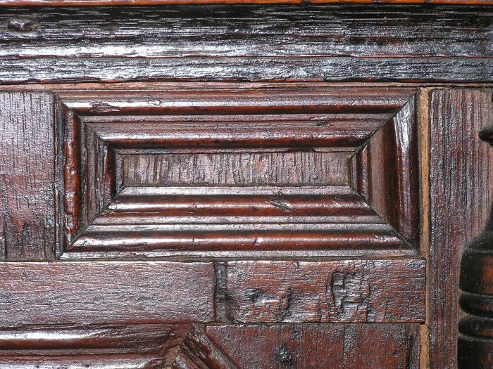 moldings detail