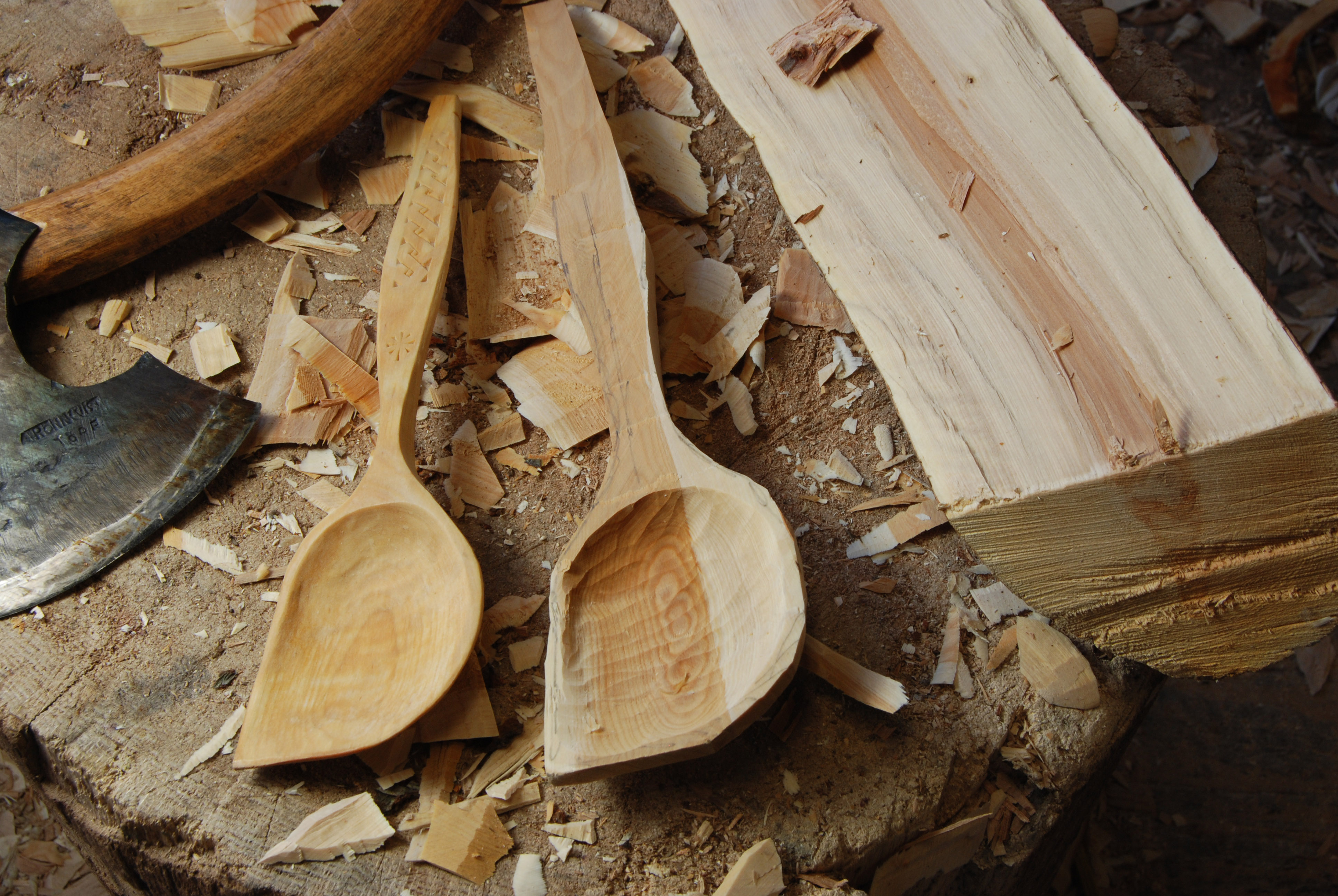 Spoon carving class may get it while you can