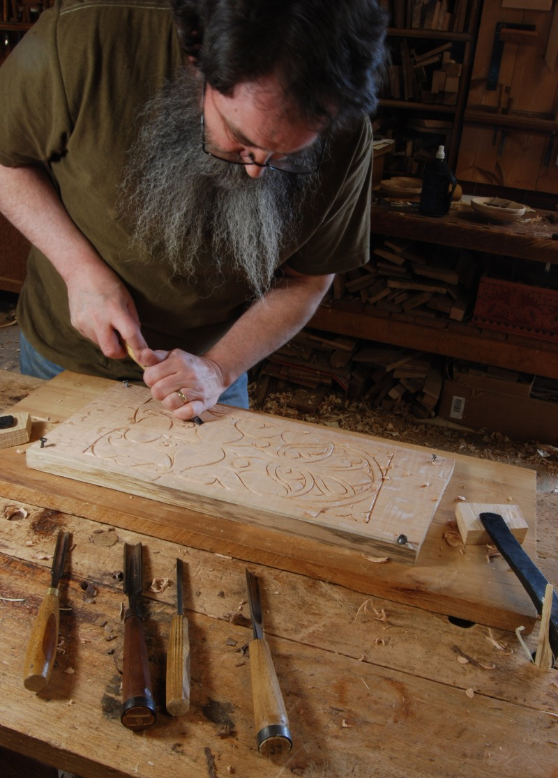 make wood carving bench