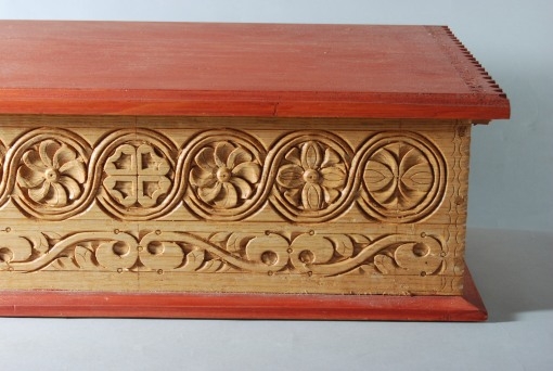 white oak box, detail