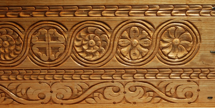 box b detail carving