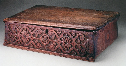 carved box, Thomas Dennis, 1660s-1700, Ipswich, Massachusetts