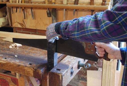 sawing EI rosewood