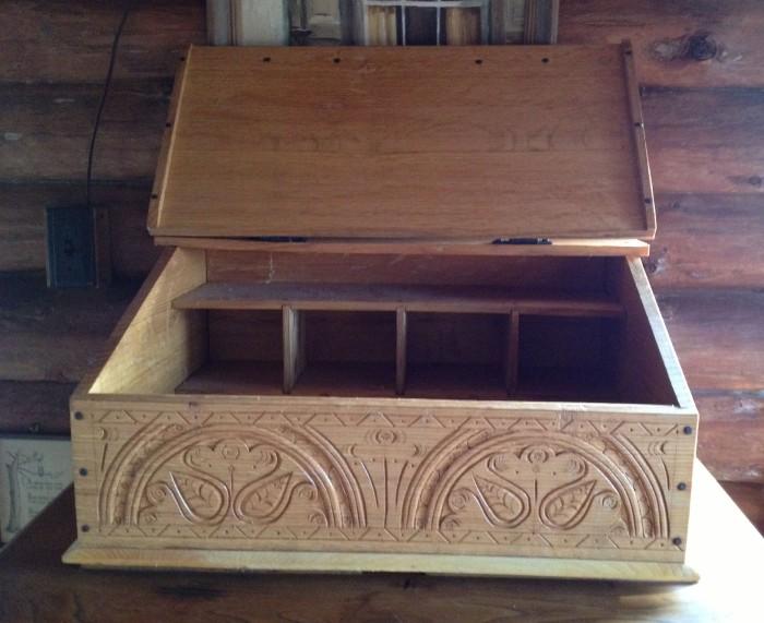 seth's box open