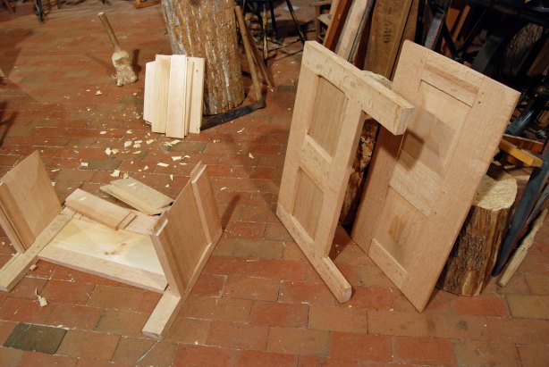 chest wood joints
