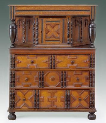 Salem cupboard