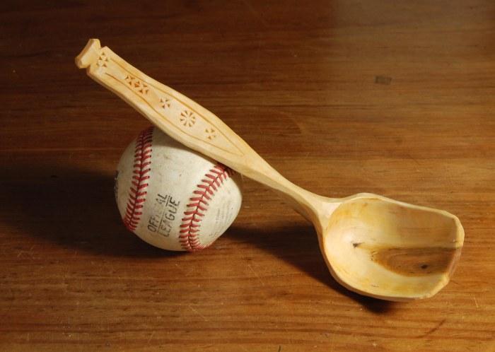 nov spoon 013 w baseball