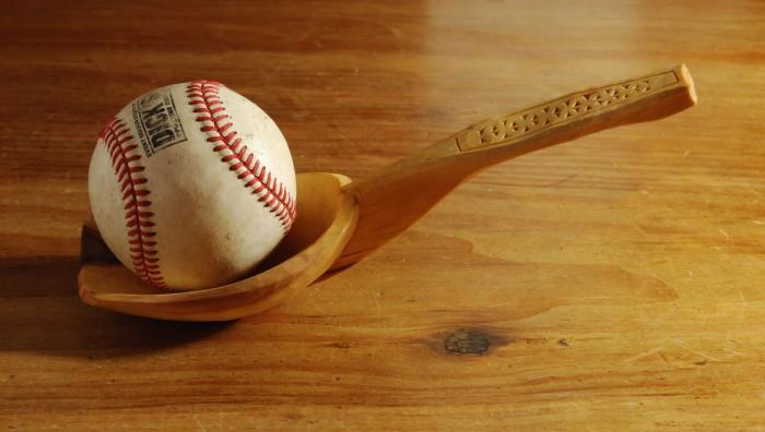 nov spoon 021 w baseball