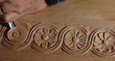 carving detail 2