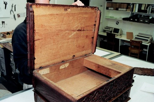 Bowdoin box w sycamore lid