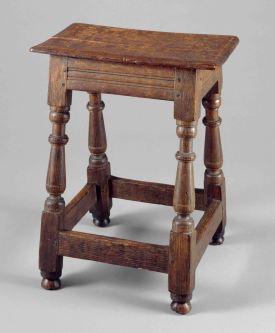 MET stool small file