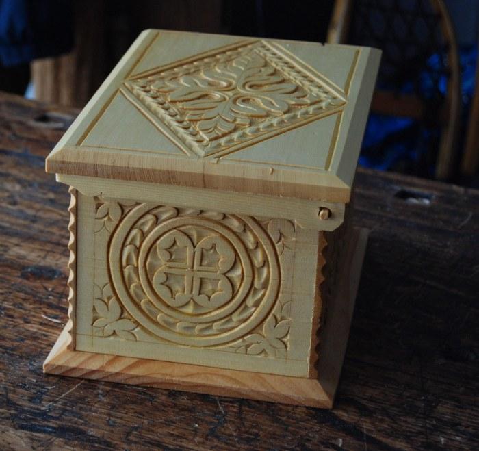 cedar box side view