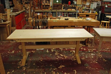 bob's trestle table