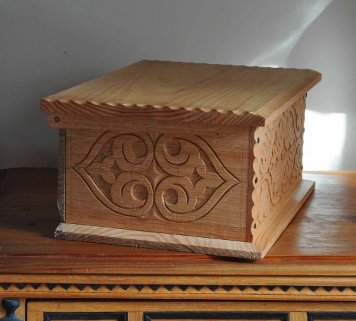 carved box side