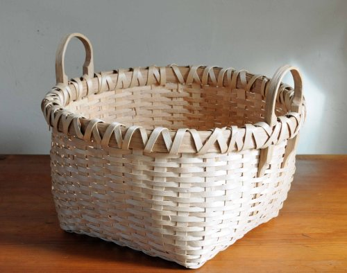 sq basket side