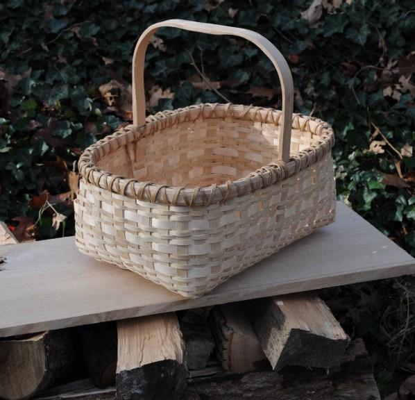rect basket filled bottom