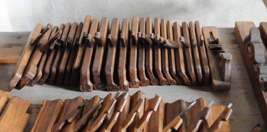 molding-planes-row