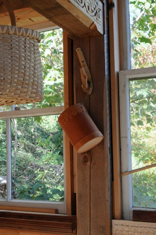 window-untrimmed