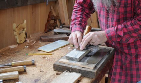 chisel-sharpening