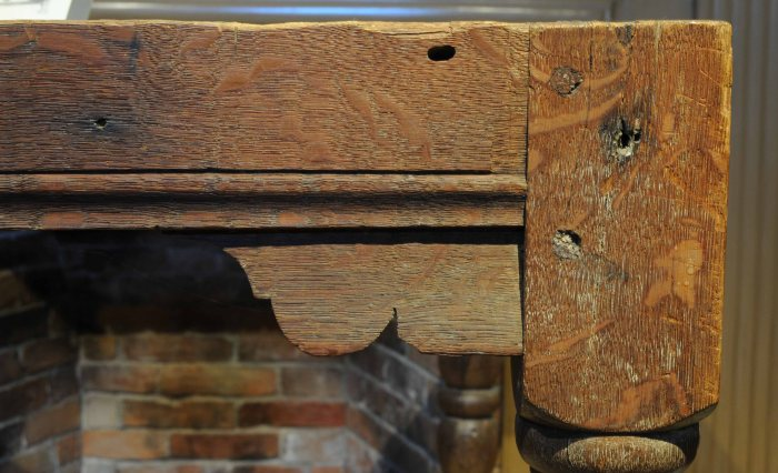 ogee-and-bracket