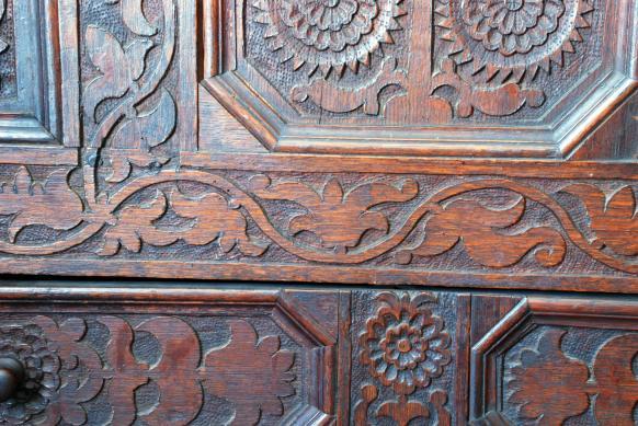 vine-carving-3
